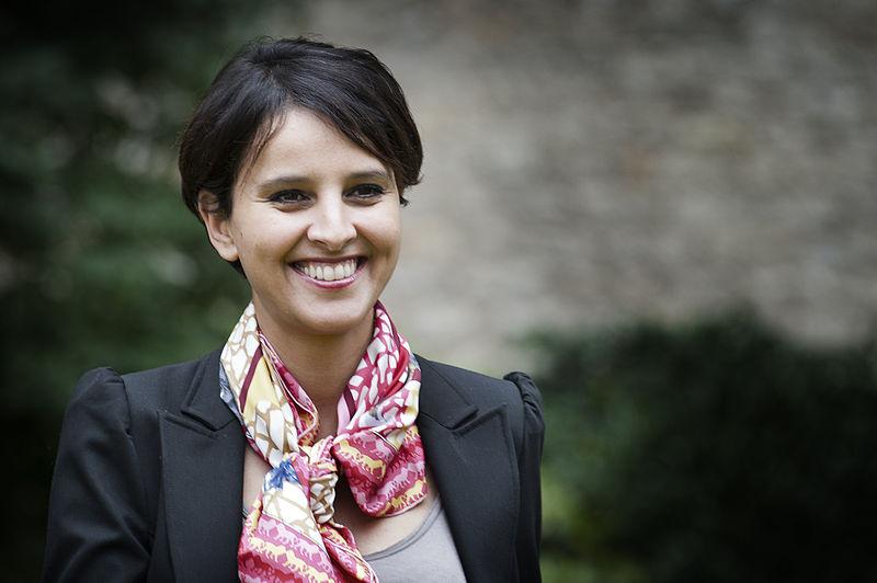 Najat Vallaud-Belkacem : La première femme ministre française de l'Éducation se démarque