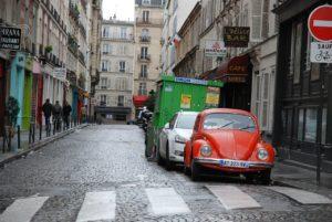 Une illustration d'une rue de Paris