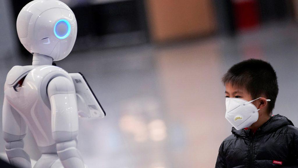 les robots font face à la pandémie.