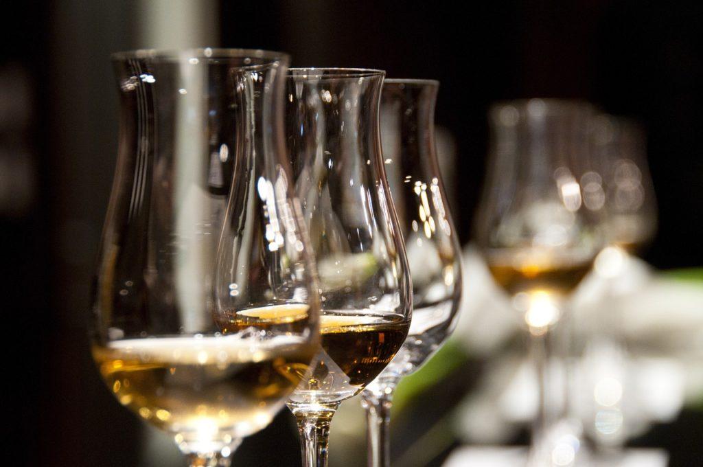 Des millions de bouteilles de vin espagnol vendues en tant que rosé français