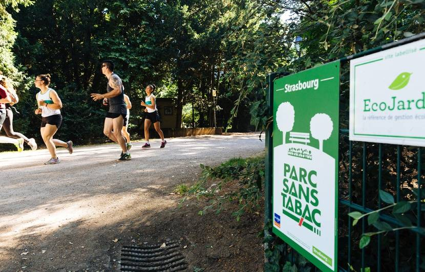 Préserver les espaces publics : la mise en place des espaces sans tabac