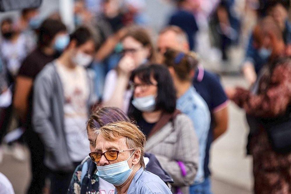 Coronavirus : faut-il s'inquiéter d'une quatrième vague ?